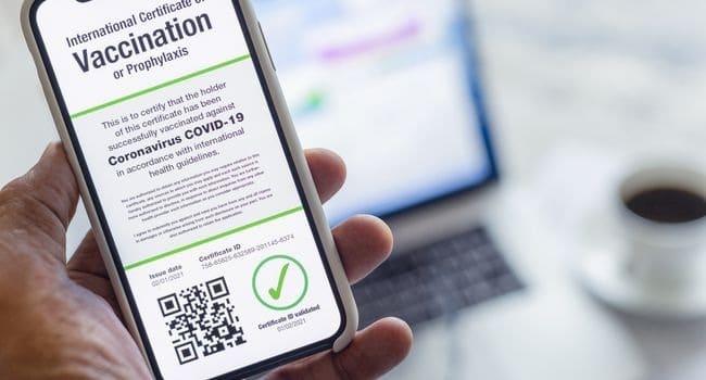 La International Air Transport Association pronta a lanciare un passaporto COVID su iPhone